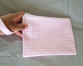 Zipper Wristlet Handbag - Wristlet Pouch in Pink and White Houndstooth