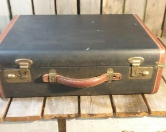Vintage Suitcase With Key/Vintage Blue Suitcase/Vintage Luggage/Old Suitcase/Travel Case/Home Decor/Retro Suitcase/Leather Suitcase/Suitcase
