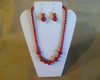 169 Stunning Red Bamboo Coral and Red Sponge Coral with Cracked Agate Beaded Choker
