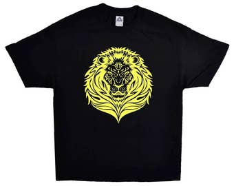 Yellow Lion Pet Animal On A Short Sleeve Black T-shirt 100% Cotton Tee
