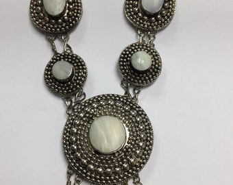 Hand MadeSilver Mother of Pearl Necklace