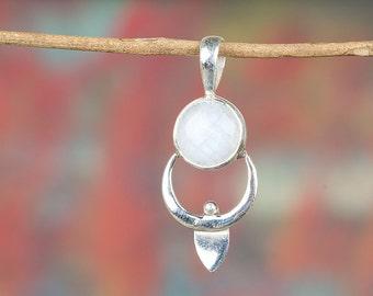 Moonstone Pendant, Sterling Silver Pendant, Boho Pendant, Statement Pendant, Round Shape Pendant, June Birthstone, Fine Jewelry BJP-403-RM