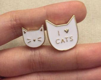 Cats pin set