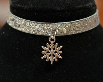 Christmas Snowflake Choker