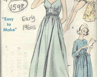 "1960s Vintage VOGUE Sewing Pattern B38"" Nightgown  Peigroir Cap Panties   (1598)"