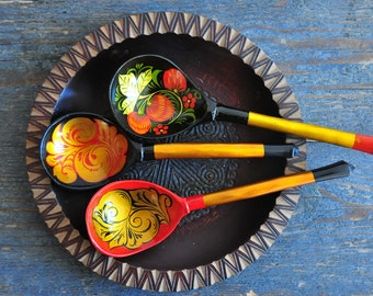 Russian spoons, soviet vintage wooden spoons, hand painted folk art spoons, made in USSR