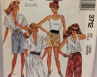 Sewing   pattern McCalls  misses pants and shorts pattern 3712