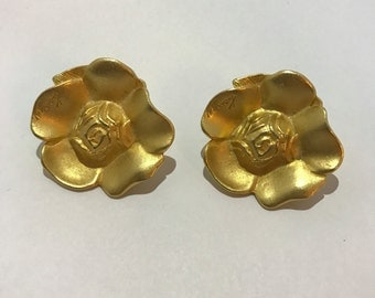Kenzo earrings clips vintage jewelry