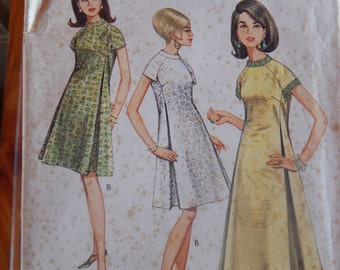 1960s One-piece dress in two lengths Style 1974