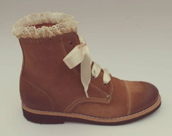 Portuguese Genuine Leather Boots, Handmade, Vintage, Very fashionable! Extra Quality!