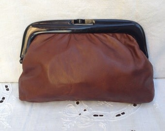 Clutch bag Made in Italy. Vintage Leather Pouch. Leather bag. Salt was 30!