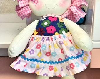 Handmade rag doll - boneca de pano