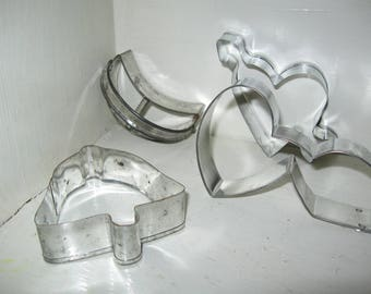 ship free 4 Primitive Cookie Cutters