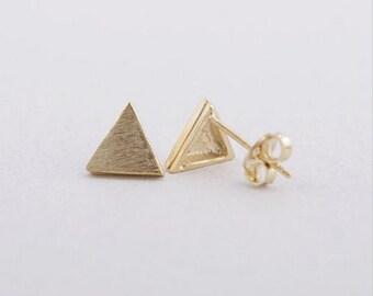 SALE! Gold plated Alison earrings 18K triangle shape chic minimalist modern jewelry