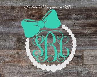 Pearls and Bow Monogram Decal,Vine Monogram Decal,Circle Monogram Decal,Yeti Cup Decal,Laptop Decal,Car Decal,Personalized Pearl Bow Decal