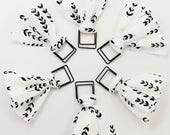 White & Black Vine Paper Clip