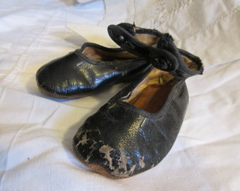 antique child's shoes, circa 1910, black, leather, straps, shoe buttons, nicely worn, collectible, shabby chic, Victorian, Edwardian,history