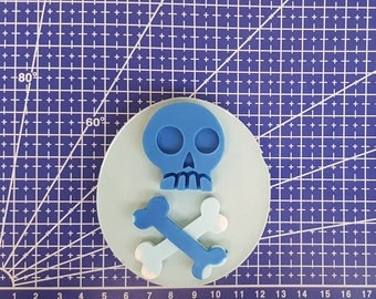 Skull & bones flexible silicone mold!