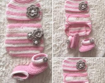 Crochet pink baby set (0-6 months)