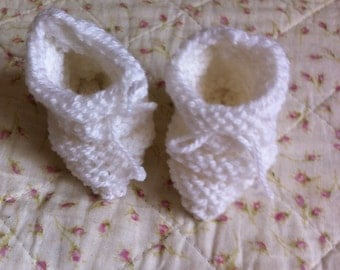 Shoes for newborn baby.