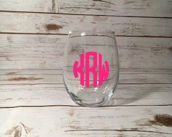 Monogrammed Wine Glass, Monogrammed Gift, Monogrammed Present, Custom Wine Glass, Personalized Wine Glass