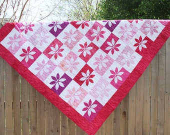 Wallflower Quilt, Quilted Throw, Picnic Quilt, Sofa Quilt, Pink Quilt