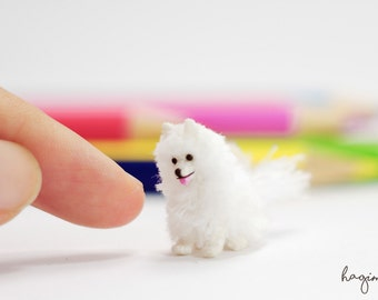 Miniature White Pomeranian, Tiny Crochet Dog, 0.8 inch Pomeranian, amigurumi animals