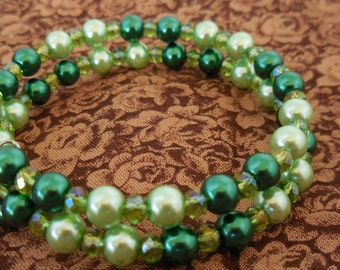 Lucky in Green Memory Wire Bracelet