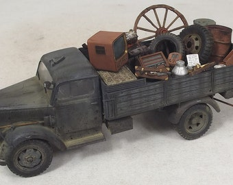 1/35 Built Opel Blitz with Stolen Things