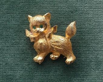 A Vintage 1970s cute little Cat Brooch/Pin