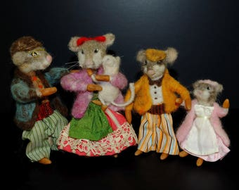 Mouse Family Mice Mouse House Dollhouse