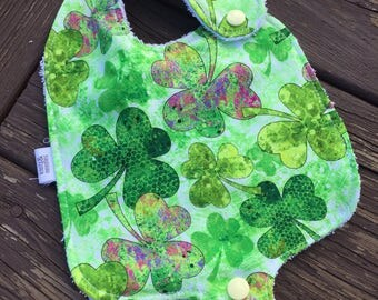 Pacifier Bib, St. Patrick's Day, Lucky Charm, Bib, Green