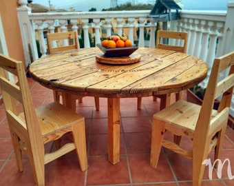 Rustic dining table round - Rawson