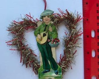 Victorian Die Cut Tinsel Garland Boy In A Heart Roses UKULELE Valentine LOVERS Christmans Ornament