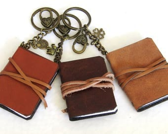Book keychain, Mini Book Keychains, Small keyholder book, leather diary, small book, notepad, leather notepad, keyholder book, book keychain