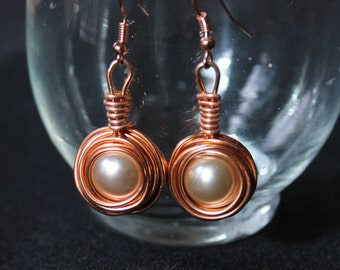 Dangle Nest Pearl Earrings