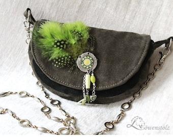 Small evening handbag, leather, feather headdress,