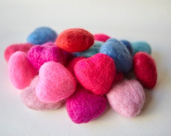 Valentines day. Felted Heart. Dusky Rose. 6cm
