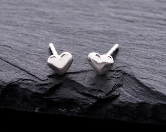 Listen to hearts! Clock plugs made of 925 Silver