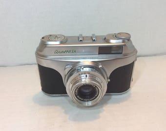 Vintage Arette IA 35mm Camera with Case Vario Roeschlein-Kreuznach 1:2, 8/45