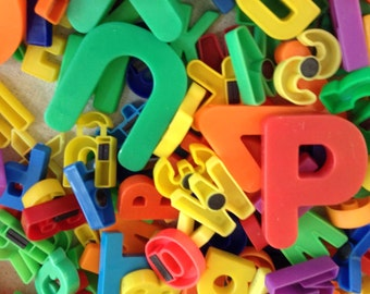Over 400 Retro Plastic Refrigerator Alphabet Magnets Letters and Numbers