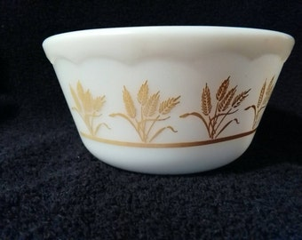 Vintage Hazel Atlas Gold Wheat Mixing Bowl 1 1/2 PT
