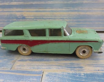 Vintage Metal Dinky Toys Nash Rambler made by Meccano Ltd. made in England