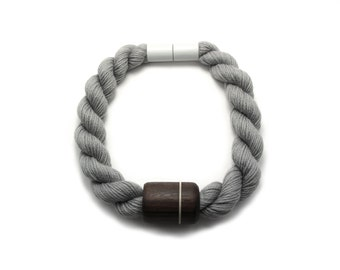 Rosewood rope necklace