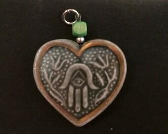 Hamsah chinaware pendant