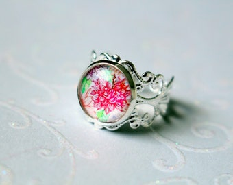 Adjustable cabochon ring silver plated with pink flower