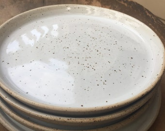Set of 4 White-Speckled Ceramic Dinner Plates