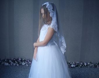 Mantilla Communion Veil, Lace Communion Veil, Holy Communion, Flower girl veils, First communion veil, Lace Mantilla Communion