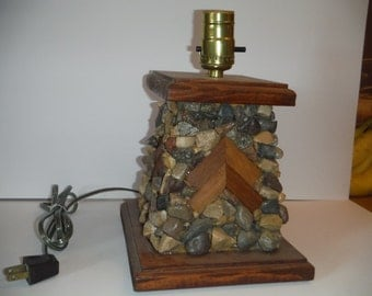 9010 Rocked Angle Lamp
