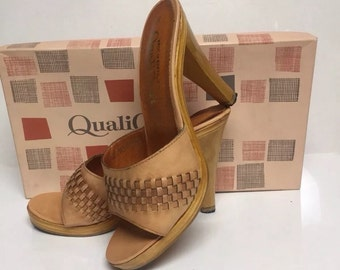 Vintage 1970s Quali Craft Womens shoes brand new